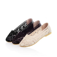 Load image into Gallery viewer, Cutout Crochet Flower Women Flats Shoes Loafers 7723