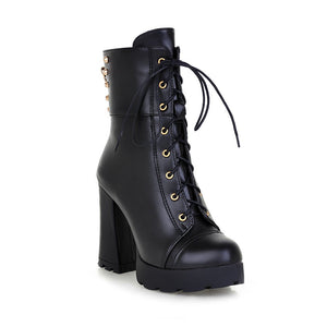 Fashion Women Ankle Boots for Autumn and Winter New Arrival Lace Up Studded 7194