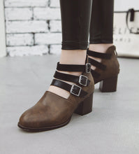 Load image into Gallery viewer, Buckle Chunky Heel Pumps