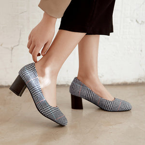 Square Headed Shallow Mouth Chunky Heel Pumps