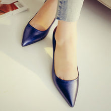 Load image into Gallery viewer, Pointed Toe Thick-heeled Medium-heeled Genuine Leather Women Pumps