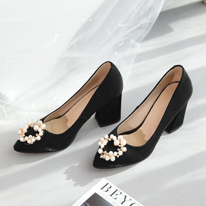Pearl Wedding Shoes Shallow Mouth Chunky Heel Pumps