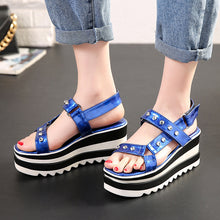 Load image into Gallery viewer, Women's Rivet Open-toed Wedge Sandals