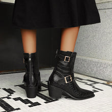 Load image into Gallery viewer, Women's Buckle Belt Ankle Boots
