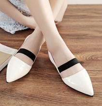 Load image into Gallery viewer, Pointed Toe Cover Women Flats Casual Shoes