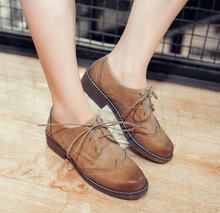 Load image into Gallery viewer, Lace Up Oxfords Women Low Heeled Shoes