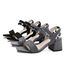 Load image into Gallery viewer, Women's Open Toe Flowers Chunky Heel Sandals