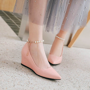 Pointed Toe Pumps Pearl Chains Wedges Middle Heel Women Shoes