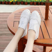 Load image into Gallery viewer, Girls Lace Up Breathable Oxfords Flat Shoes