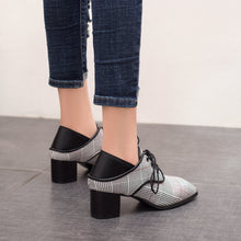 Load image into Gallery viewer, Lace Up Thick-heeled Medium-heel Lattice Women Chunky Heels