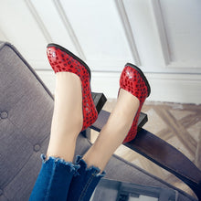 Load image into Gallery viewer, Shallow Heads High Heels Chunky Pumps
