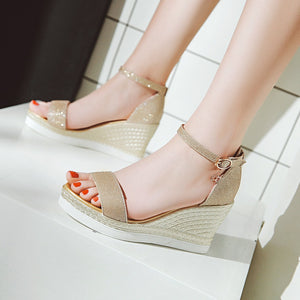 Women's Hollow Sequin Buckle Platform Wedge Sandals