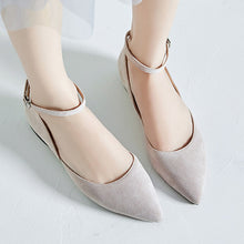 Load image into Gallery viewer, Casual Buckle Leather Women Low Heeled Shoes