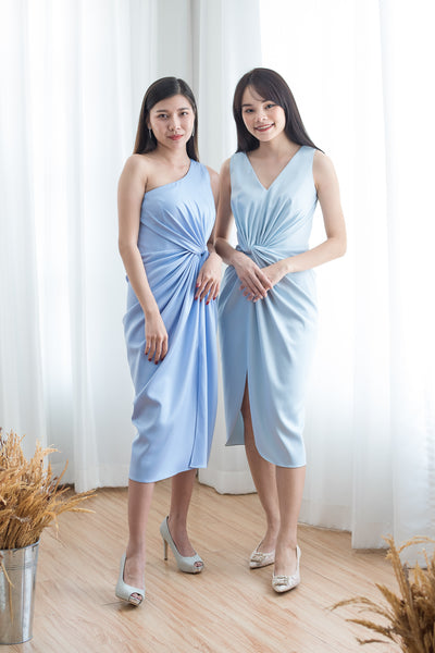 Short Chai V Dress in Light Blue