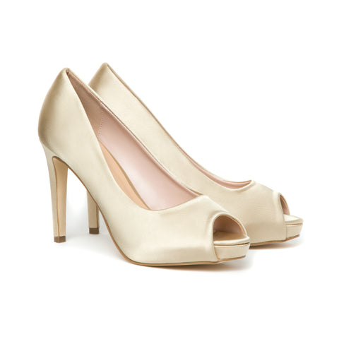 Sara High Heels in Gold Satin