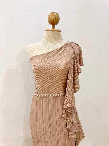 One Shoulder Pleats in Beige
