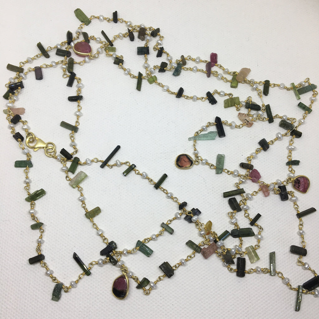 Tourmaline sticks and pearl necklace