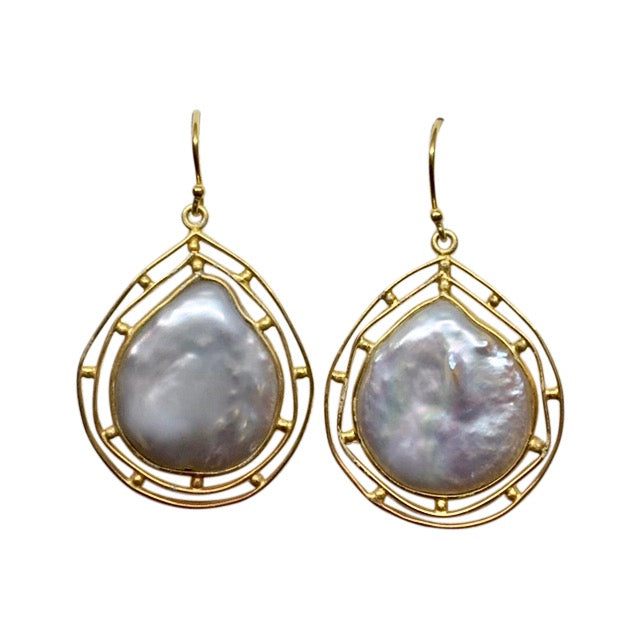 Baroque pearl double border earrings