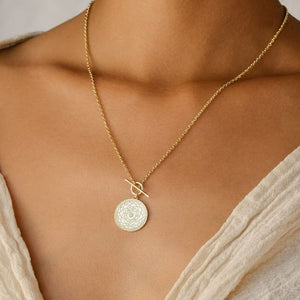 A Thousand Petals Fob Necklace Gold - Accessories