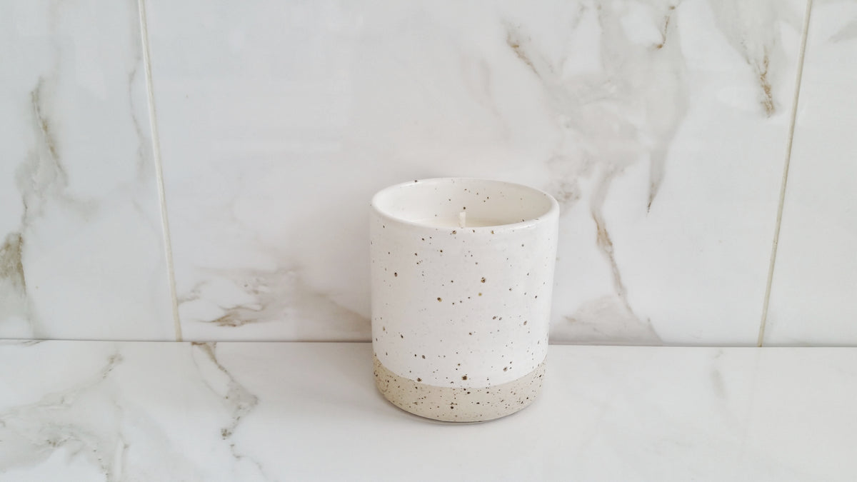 Speckled vessel - Candle