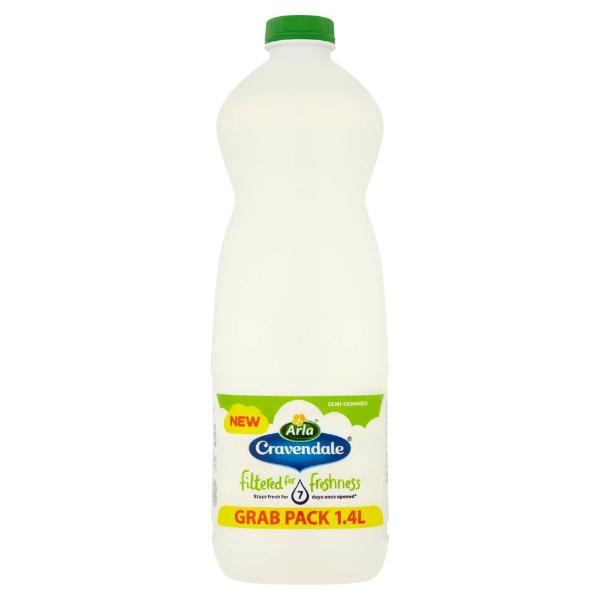 Grocemania Grocery Delivery London| Cravendale Semi Skimmed Milk 1.4L