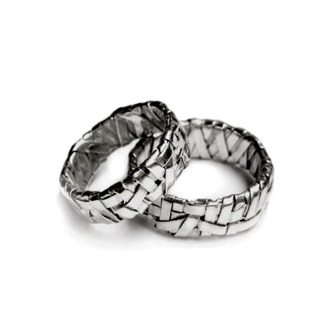 silver partnership rings by art jewellery designer gurgel-segrillo