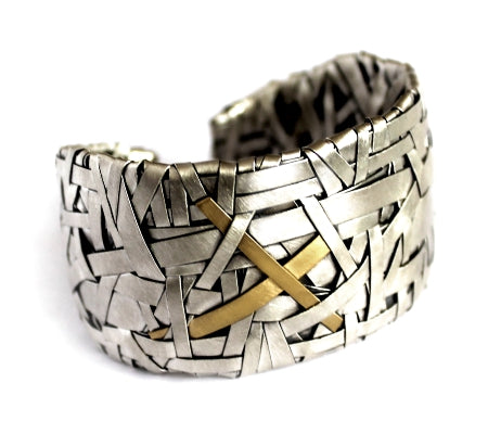 woven cuff bracelet handcrafted in silver and gold by contemporary jewellery designer gurgel-segrillo