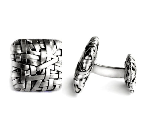 woven squares cufflinks handcrafted in silver by contemporary jewellery designer gurgel-segrillo