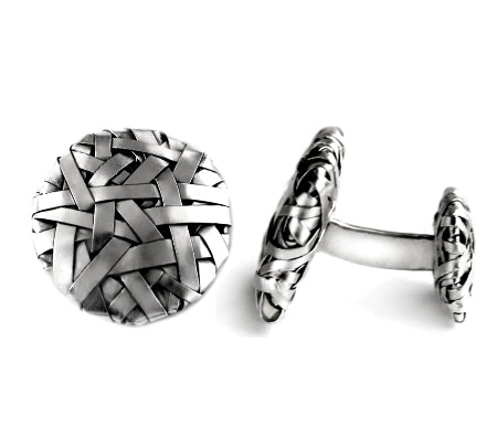 cuff links woven in silver by contemporary jewellery designer gurgel-segrillo