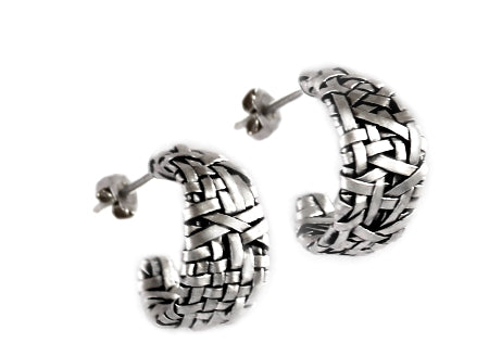 woven series of contemporary jewellery - loop earrings handcrafted in fine silver by artist designer maker P Gurgel-Segrillo, made in Ireland