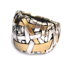 woven ring band handcrafted in silver and gold by contemporary jewellery designer-maker P Gurgel-Segrillo