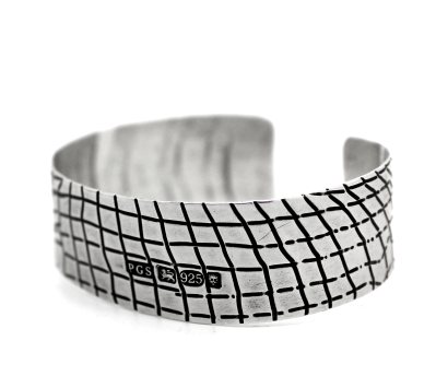 skin series of contemporary jewellery - hallmarked sterling silver cuff by artist designer maker gurgel-segrillo