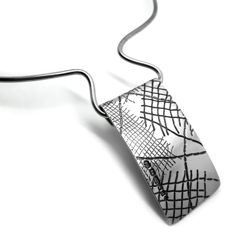 skin series of contemporary jewellery - hallmarked sterling silver necklace by artist designer maker gurgel-segrillo