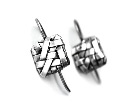 woven silver square hook earrings handcrafted by artist designer-maker gurgel-segrillo