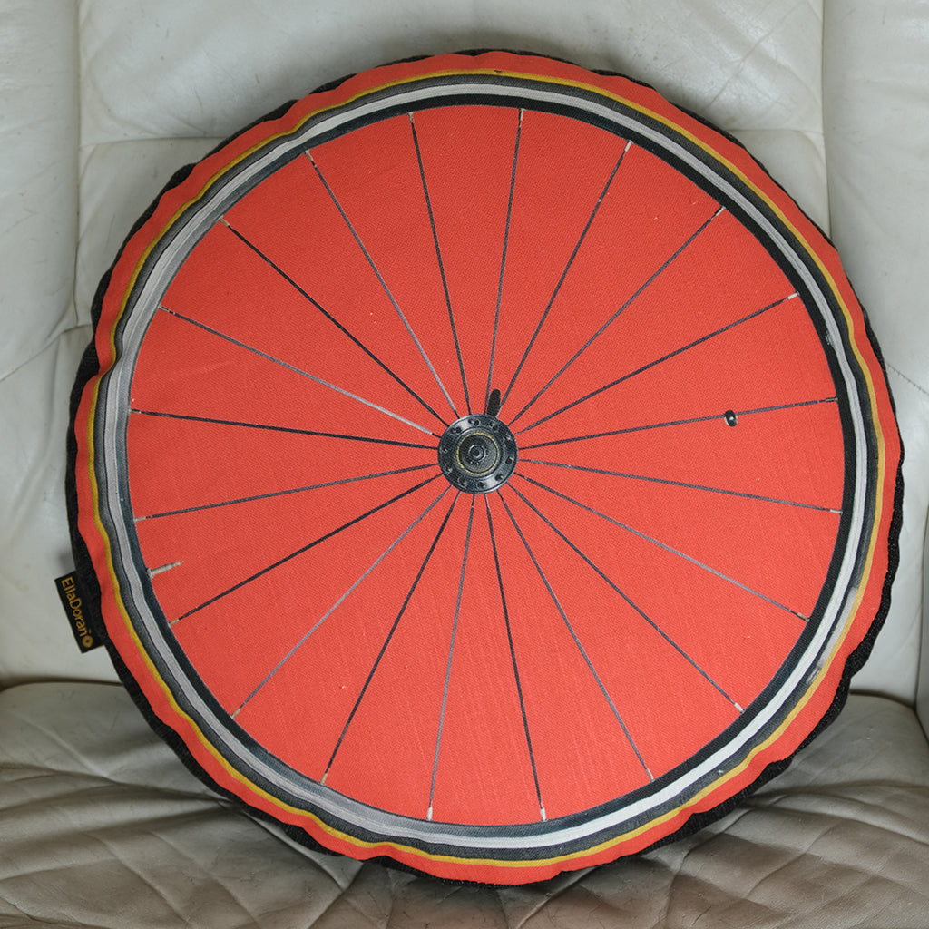 Bike Wheel Red cushion with gusset