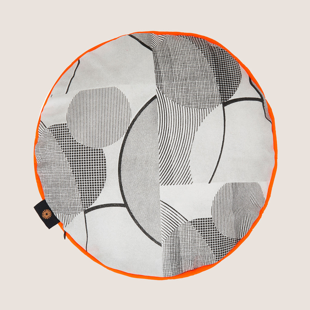 Pop Art Circles cushion
