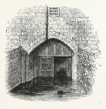 Ellys Manor House Traitors Gate Image
