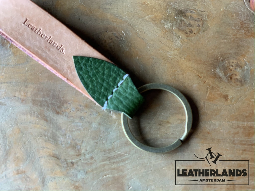 Key Chain 05 - The Leaf In Black Natural & Green / Without Initials Handstitched