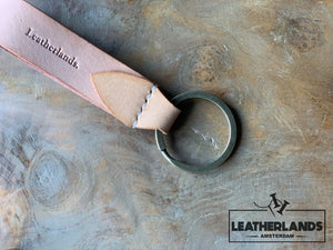 Key Chain 05 - The Leaf In Black Natural / Without Initials Handstitched