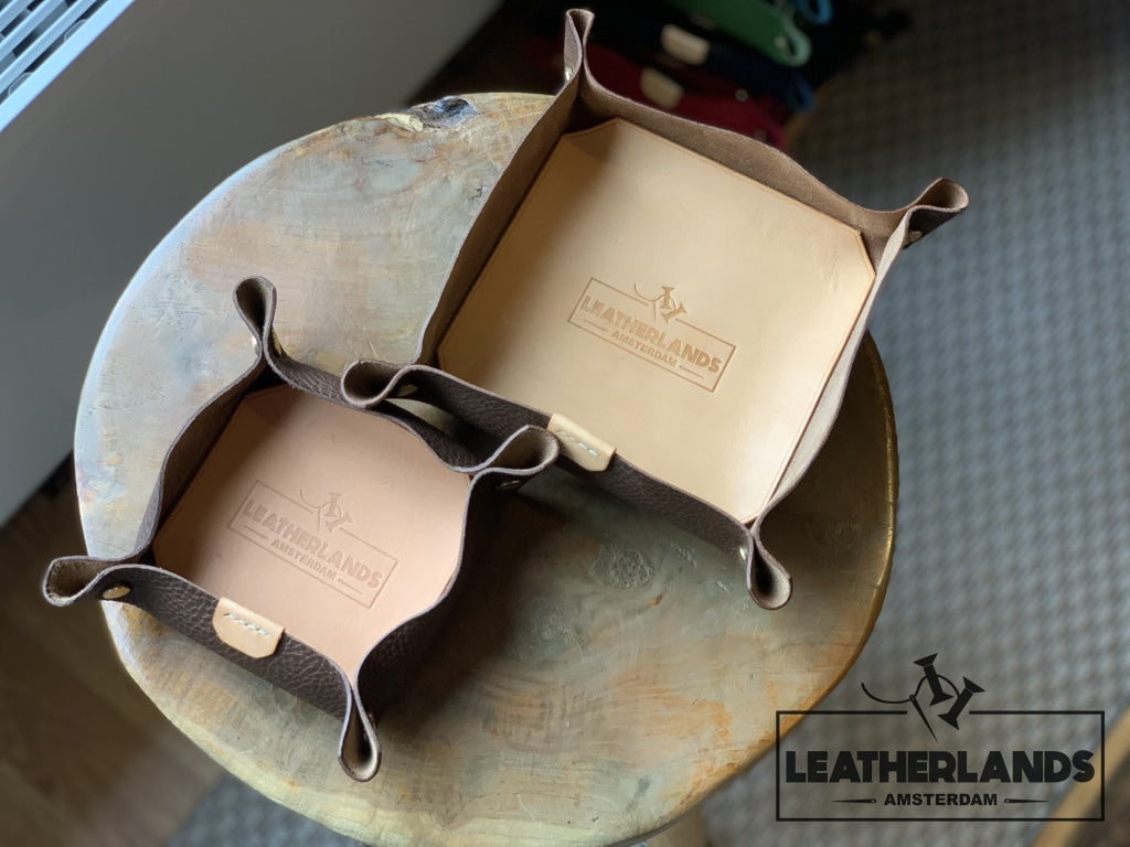 Leather Tray In Natural & Ocra Light Brown / 1 Set Without Initials Handstitched