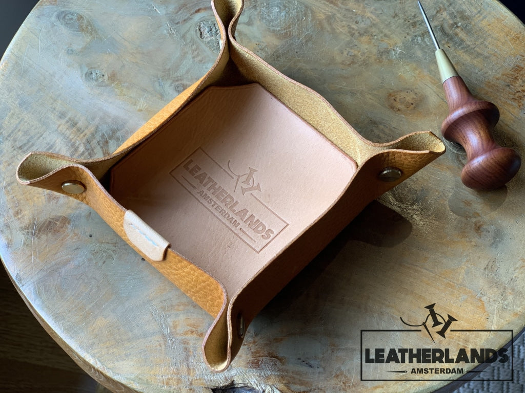 Leather Tray In Natural & Ocra Ochre / Small Without Initials Handstitched