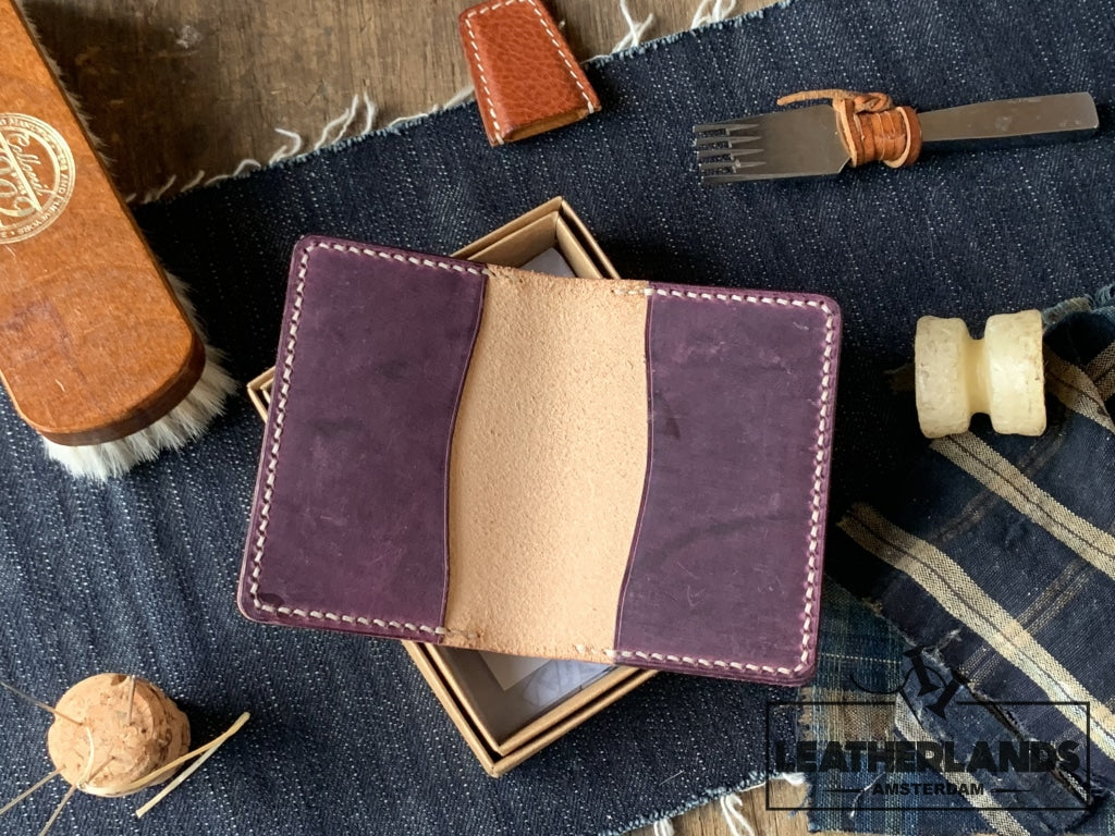 The Flippa Card Holder Ii (6Slots) Handstitched
