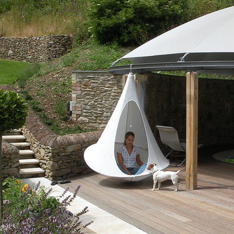 Cacoon single in the garden by Spa Living