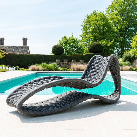 Wave Luxe Day Bed Lounger