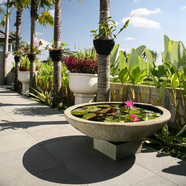 Outdoor Bowl Water Feature - Spa Living