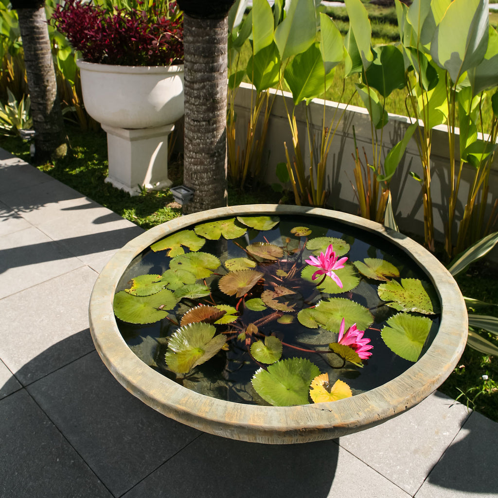 Outdoor Chiselled Bowl Planter, Outdoor water feature, Large - Spa Living