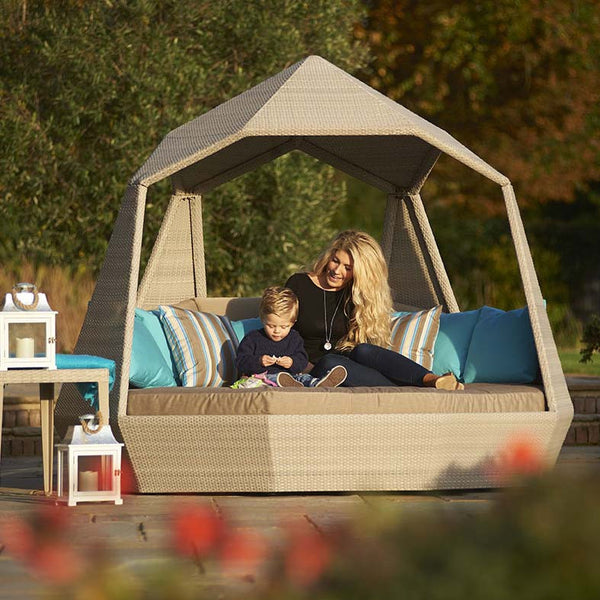 The Jewel Day Bed family time, Outdoor Garden Furniture, Spa Living
