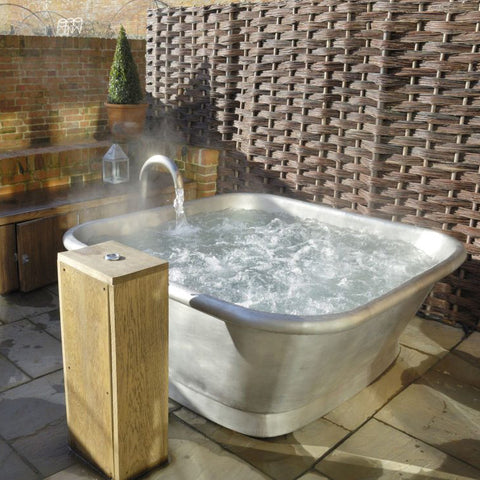 Alvus Spa Hot Tub - Spa Living