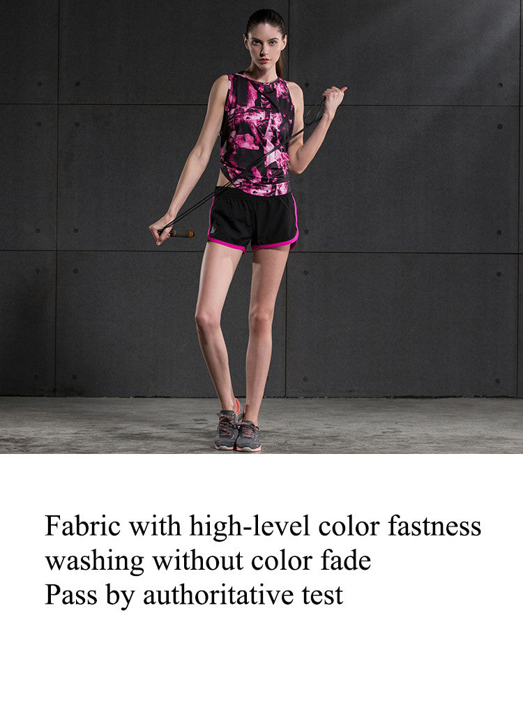 Fabic with high-level color fastness. Washing without color fade. Pass by authoriative test.
