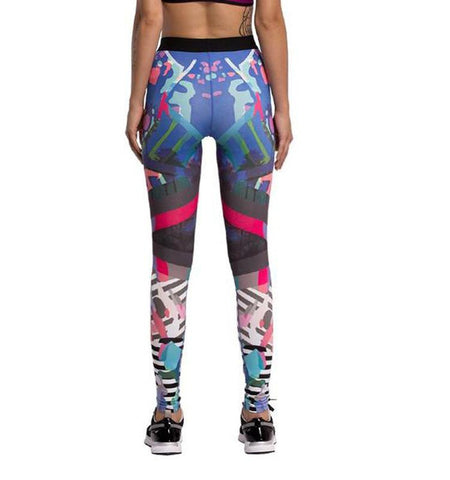This colourful gym leggings with graffiti make you get rid of sweat and keep fresh all the time. No risk of chafing.
